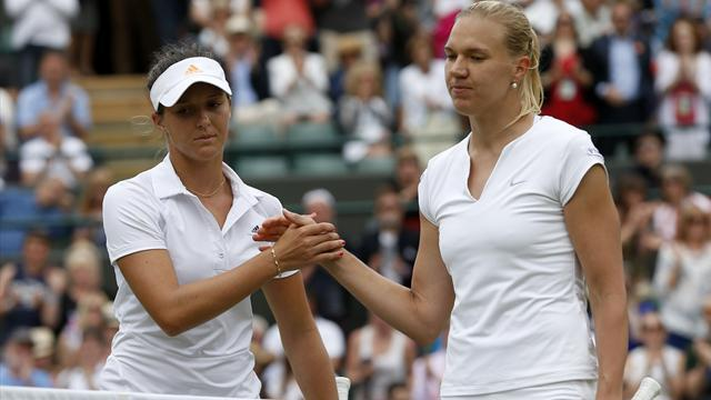 Wimbledon - Robson's run ended in fourth round by Kanepi