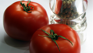 Natural Wonders - Tomatoes