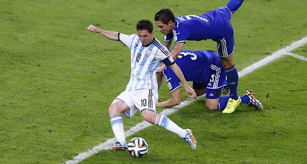 Brazil 360: Maracana the perfect setting as Messi sheds the monkey from his back