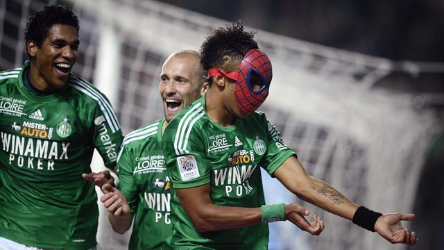 Ligue 1 - St Etienne stroll to win over Rennes