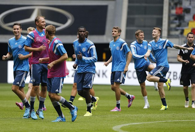 German soccer players warm up during a training session ahead of the friendly soccer match between Germany and Argentina on Wednesday in Duesseldorf, Germany, Tuesday, Sept. 2, 2014. (AP Photo/Frank Augstein)