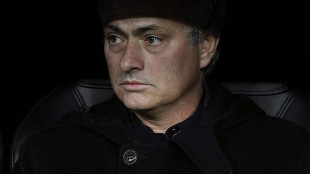 Premier League - Mourinho's behaviour 'not becoming of a Man Utd boss'