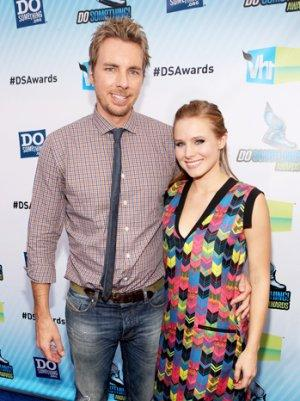 Kristen Bell, Dax Shepard Tease Wedding Plans After Gay Marriage Ruling