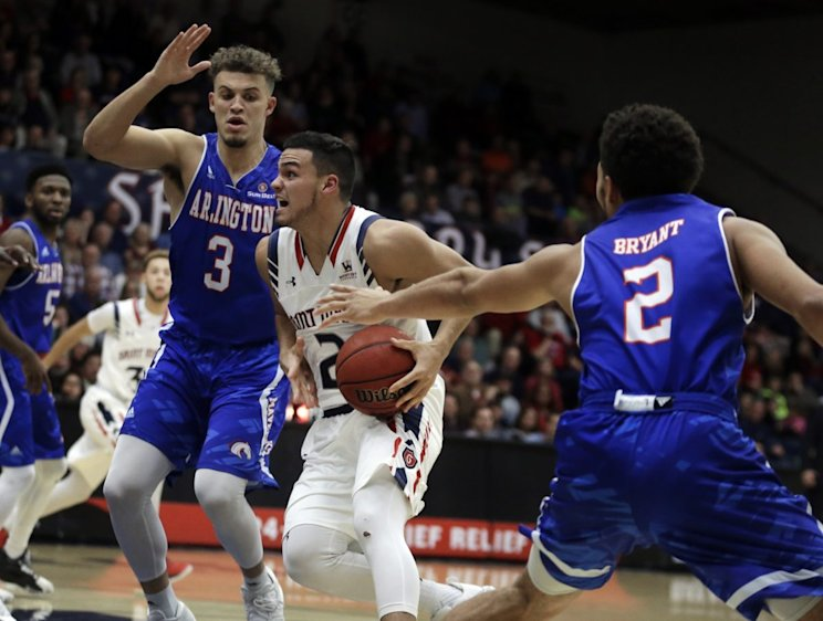 Saint Mary's suffered its first loss of the season in one-sided fashion (AP)