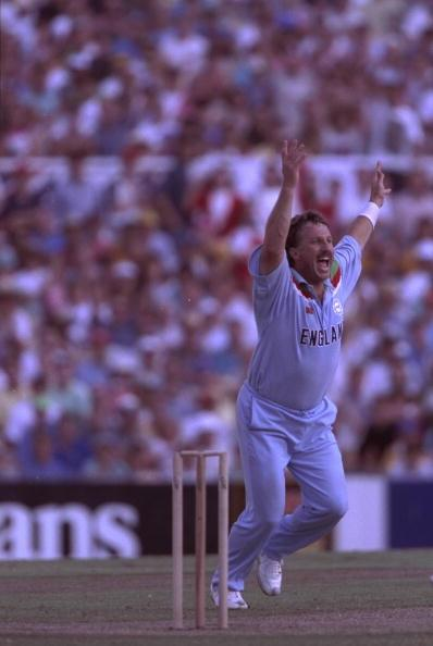 5 Mar 1992:  Ian Botham of England celebrates a wicket during his man of the match performance in Englands match against Australia in the Cricket World cup at the SCG in Sydney.