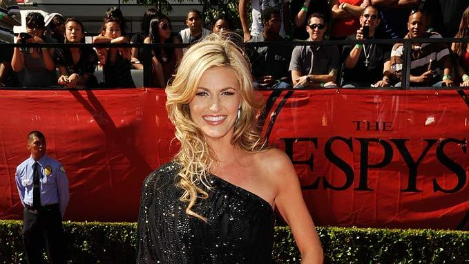 ESPN reporter Erin Andrews arrives at the 17th annual ESPY Awards held at Nokia Theatre LA Live on July 15, 2009 in Los Angeles, California.