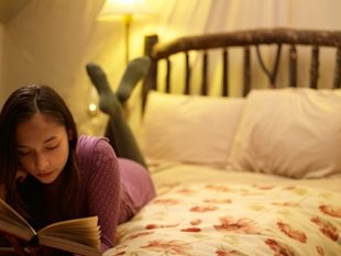 Health myth: reading in dim light does not ruin your eyesight