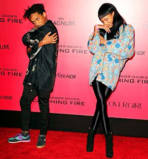 Jaden, Willow Smith Strike Bizarre, Creepy Poses at Catching Fire Premiere