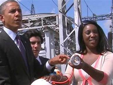 Obama Plays With Energy-producing Ball