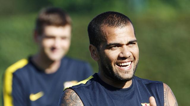 Liga - Seville derby tougher than a Clasico, says Alves