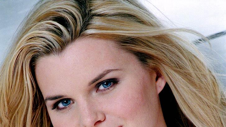 Heather Tom stars as Kelly on the ABC Television Network's One Life to Live