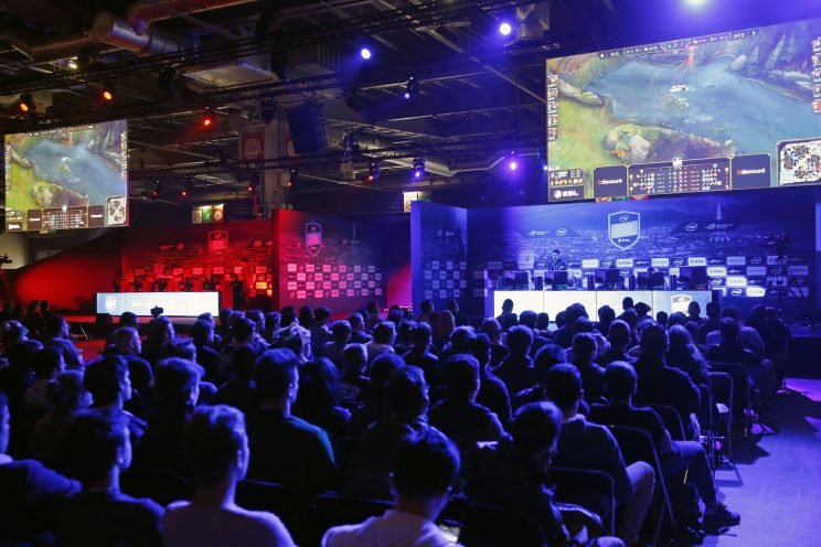 MLBAM and League of Legends are getting together. (Getty Images/Chesnot)