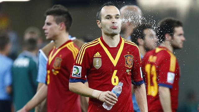 Confederations Cup - Iniesta frustrated by referee display