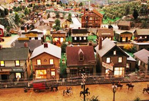 Roadside America Miniature Village, Pennsylvania (www.roadsideamericainc.com)