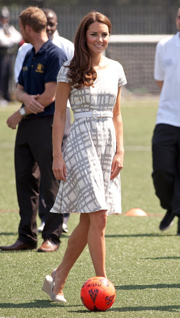 abito_economico_kate_middleton