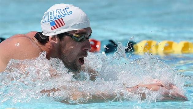 Swimming - Phelps edged by Lochte on return to pool