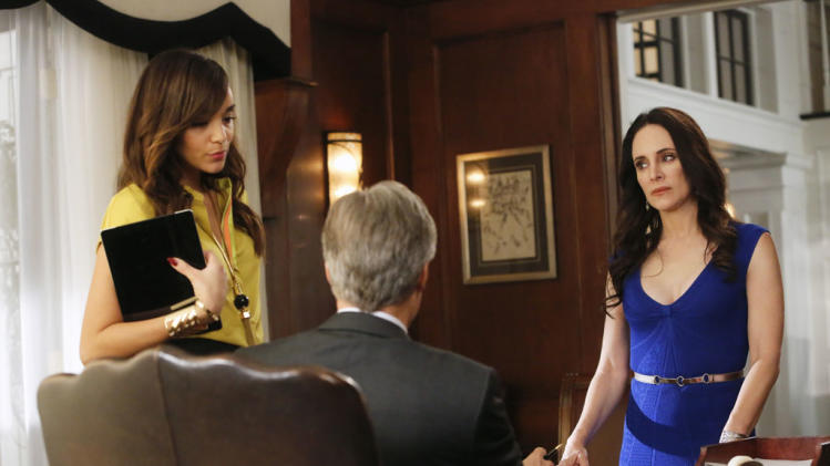 """Revenge"" -- ""Union"" ASHLEY MADEKWE, HENRY CZERNY, MADELEINE STOWE"