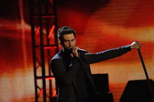 Adam Levine Defends Christina Aguilera Against 'Body Bullies' - Who Else is Tired of Being Called Fat?