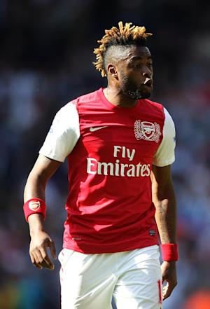 Arsenal have agreed terms with Barcelona for Alex Song