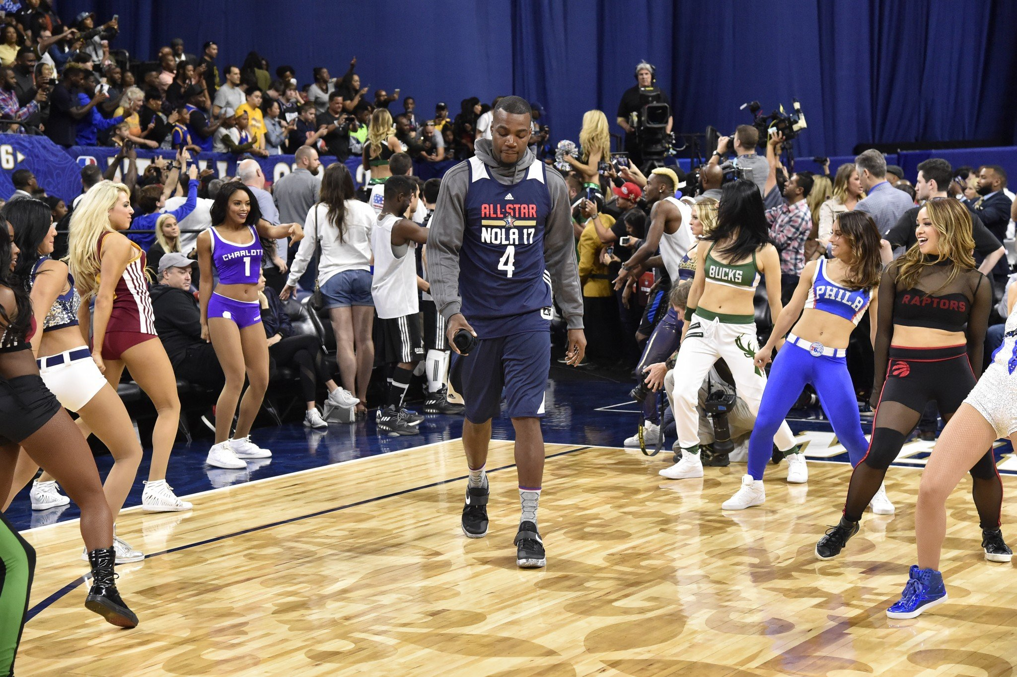 Paul Millsap knows how to make an entrance. (Getty Images)