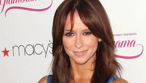 Jennifer Love Hewitt, Lifetime Developing Modern-Day 'Pride & Prejudice' (Exclusive)