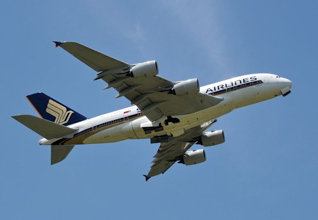 A Singapore Airlines plane takes off from Changi airport in Singapore on May 9, 2012. Singapore Airlines and India's Tata conglomerate are to establish a new full-service carrier to be based in New Delhi