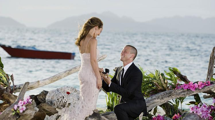 "J.P. proposes to Ashley on the season finale of ""The Bachelorette."""