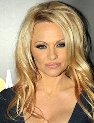 Pamela Anderson demands action over Ukraine animal killings