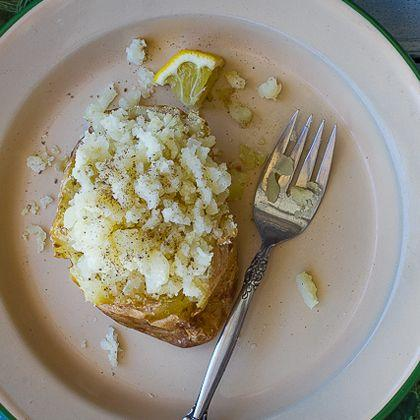 Baked Potato with Salsa and Fresh Lemon Juice
