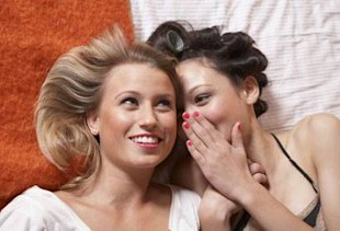 5 things she does but won't tell you and women whispering
