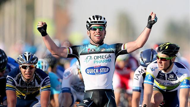 Cycling - Cavendish wins third straight stage in Qatar