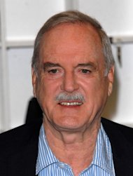 Cleese writing memoirs