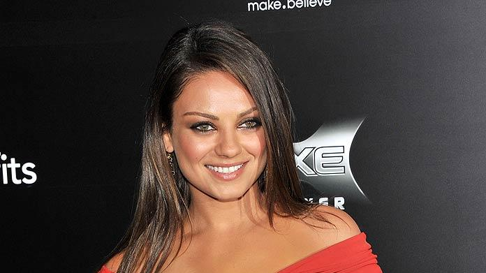 Mila Kunis Freinds With BenefitsNY