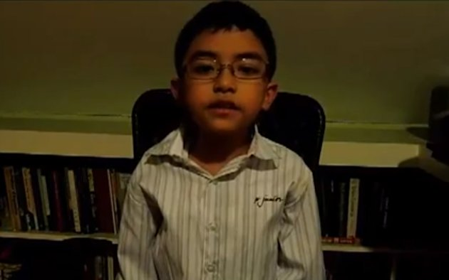 "Daniel ""Chip"" Gatmaytan, 9, said voters should challenge candidates in the 2013 polls to take a stand against soda sold in school canteens. (Photo screen grabbed from Chip's YouTube video)"