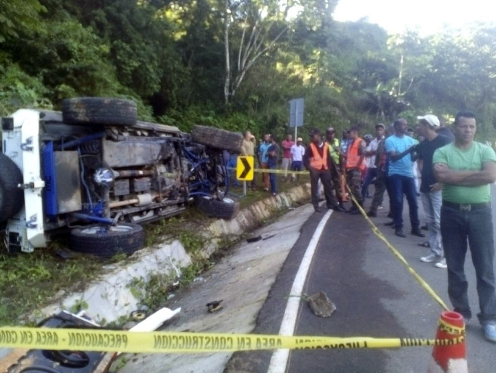 The scene of Yordano Ventura's fatal accident. (Dominican Republic Highway Police and Military Commission, via AP)