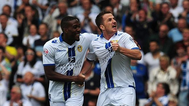 Championship - McCormack grabs Leeds a point against Wednesday