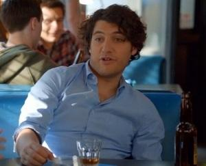 Exclusive Video: Happy Endings Gets Meta as Max and Alex Become Trendsetters