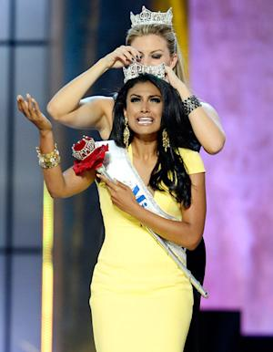"Miss America 2014 Nina Davuluri on Racist Comments: ""I Have to Rise Above That"""