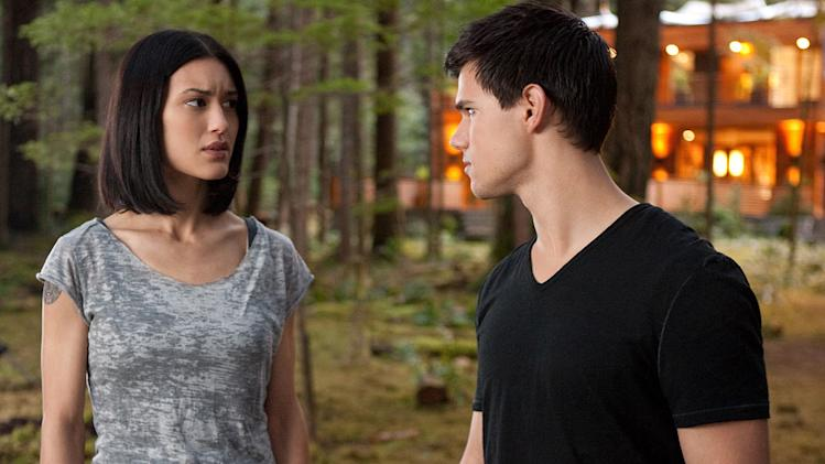 The Twilight Saga breaking Dawn Part 1 2011 Summit Entertainment Julia Jones Taylor Lautner