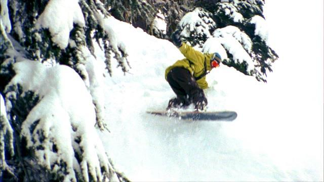 60 Minutes Sports: Jeremy Jones - Snowboarding Pioneer