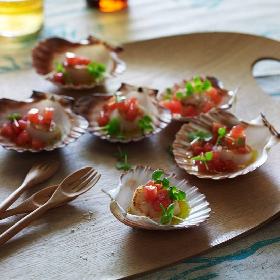 Scallops with Warm Tomato-Basil Dressing