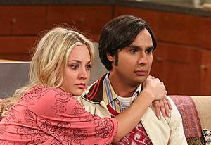 Kaley Cuoco, Kunal Nayyar | Photo Credits: Robert Voets/Warner Bros