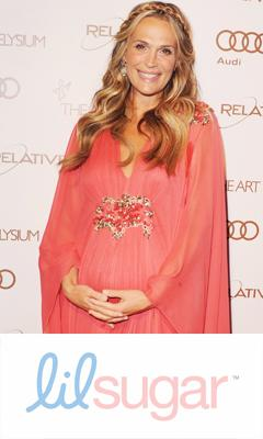 Molly Sims' Secret to Avoiding Pregnancy Stretch Marks