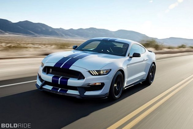 Shelby Mustang GT350 convertible photo