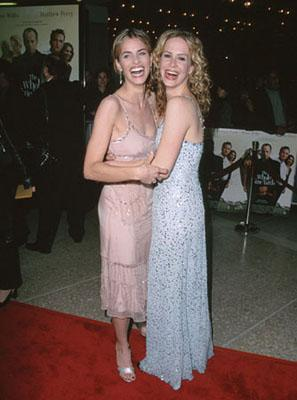 Premiere: Amanda Peet and Sarah Paulson at the LA premiere of Warner Brothers' The Whole Nine Yards - 2/17/2000