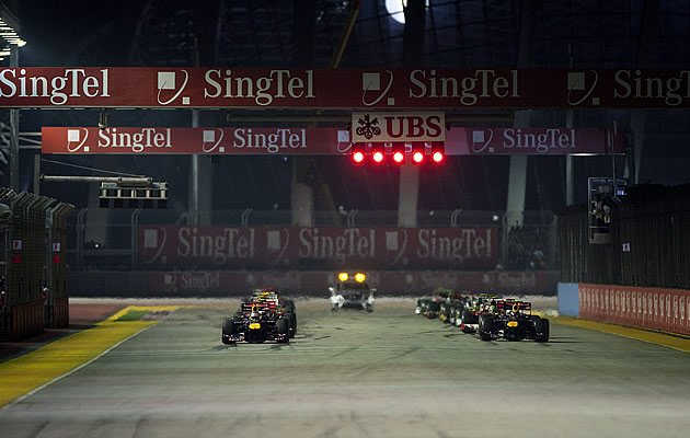 Organisers have denied claims that an agreement has been reached to extend the S'pore GP for another five years (Getty Images)