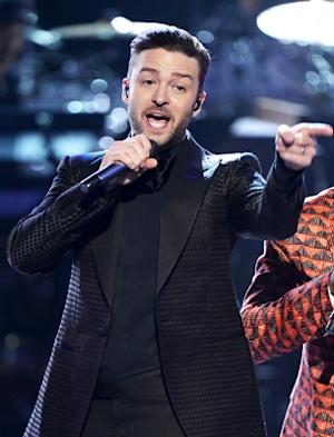 Justin Timberlake Performing at VMAs, Getting Vanguard Award