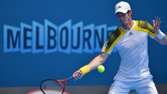 Australian Open - Murray races past Chardy and into semi-finals