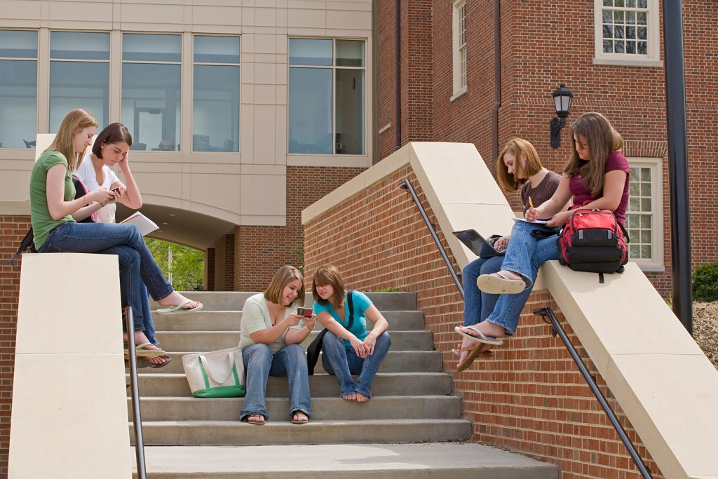 5 Lessons Learned From Starting a Business in College