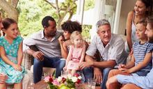年節必備》長輩問候這樣答,父母面子、自己裡子全都顧!心理師親授5種百搭句型,快收藏!